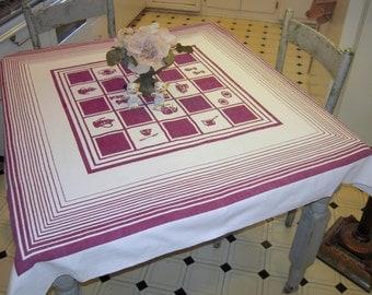 Vintage Art Deco Tablecloth Burgundy Kitchen Teapots & Coffee Cups