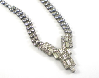 Bridal Rhinestone Necklace -Clear Rhinestones - Vintage  Costume Jewelry - Holiday Sparkle