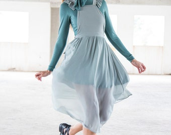 Holy Wing Pinafore - Muted Mint