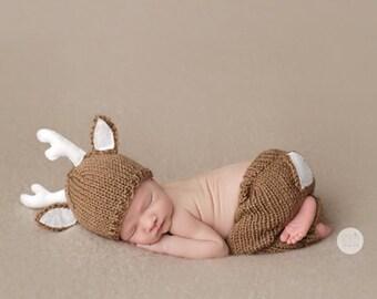 Newborn knit deer hat and pants set