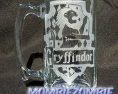 Griffindor Etched Stein / Beer Mug Harry Potter Hogwarts house