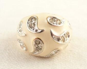 SALE ---- Size 7 Vintage 18K Gold Plated Cream Enamel Deco Rhinestone Ring