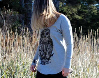 Ladies Owl and Anchor with Falling Feathers Button Down Henley