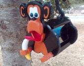 New monkey bird feeder