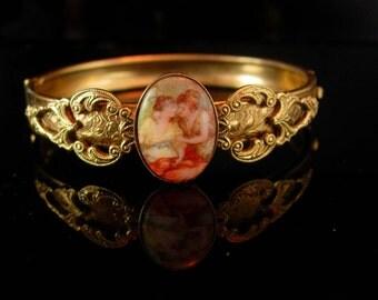 Vintage portrait Bracelet Victorian cameo 2 SISTERS hinged Bangle