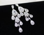 Crystal Wedding earrings, Crystal Bridal earrings, Chandelier earrings, Teardrop crystal earrings, Wedding jewelry, Bridesmaid earrings