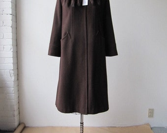 vintage 1940s brown wool trapeze coat