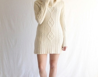 white aran knit cashmere sweater dress oversized vintage 90s