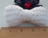 White Bow / Bows / Crochet Bow / Applique / Craft Bows / Yarn Bows / Craft Supply /