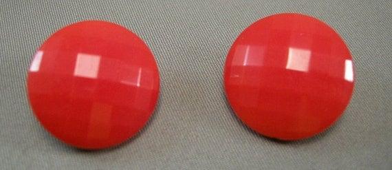 Sexy Lipstick Red Glass Clipback Earrings, Vintage 50s Cool Earrings, Mid Century Cool, Elegant Red Earrings, Juicy Red Earrings, 50's Cool