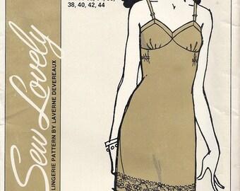 Ladies Maternity Full Slip Sizes 32-44 Vintage ©1971 Sew Lovely Lingerie S703M by Laverne Devereaux USA Original Package Uncut FF