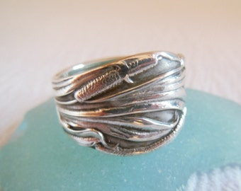 Antique Spoon Ring  Sterling Silver  Cattails   Size 7.5