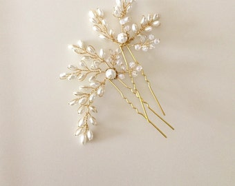 Fern Leaves, Pearl Hair Pins, Bridal hair pins, Flower buds, Ivory Gold Wedding, Botanical wedding