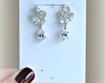 Delicate Crystal Dangle Earrings, Bridal Earrings, Cubic Zirconia Earrings - PETITE ETINCELLE