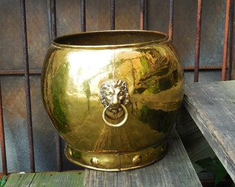 Large round Vintage brass Pot  Lion head handles w/ Ring hardware Hammered metal Aged patina planter