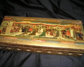 Vintage Italian LG.Glove/Tie.Gilt Ldded Wood Box w/ Ornate Renaissance Scene.Unique Florentine Carved Art..