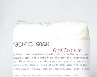 Pacific Bathing Salts - Surfboards and Cedar