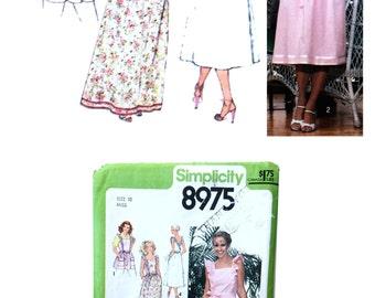 Simplicity 8975, Vintage Pattern, Misses Dress Pattern, Wrap Dress Pattern, Ruffled Apron Pattern, Misses size 10, Retro Sewing Pattern