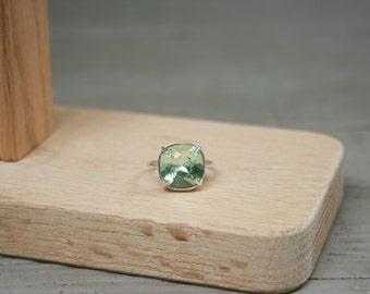 Green Ring Swarovski Chrysolite Ring Crystal Ring Chrysolite Cushion Stone Ring Swarovski Green Ring Swarovski Light Green Ring
