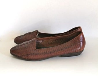vintage woven leather shoes - ROASTED ALMOND brown leather flats / sz 8-8.5
