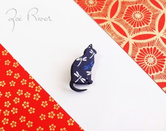 Navy bue and white cat dragonfly brooch. Japanese paper, wooden cat brooch. Japanese brooch, japanese paper, wood broach, pin, Coat pin.