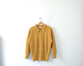Vintage 80's mustard yellow cardigan sweater, size large