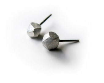 Facets, large titanium post earrings