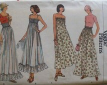 Very Easy Very Vogue Sewing Pattern - Misses Skirt or Dress - Vogue 9485 - Size Small, Waist 24 - 25, Uncut