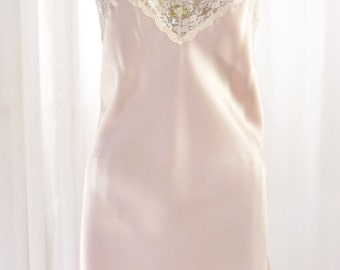 Body Chic Pink Chemise Nightgown Open Bust Wide Lace Unworn Size 34