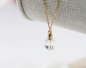 Light Bulb Necklace in Silver/ Gold. Whimsical and Fun. Cute Jewelry. Science Jewelry. Charm Necklace. Unisex Gift (PNL-194)