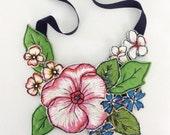 Australiana wildflower neckpiece