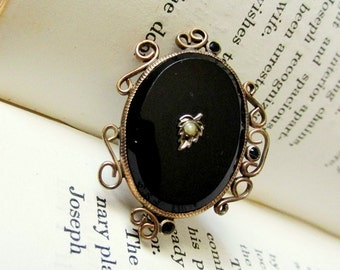 Antique Gothic Victorian Onyx Glass Brooch with Tiny Faux Pearl in a Leaf