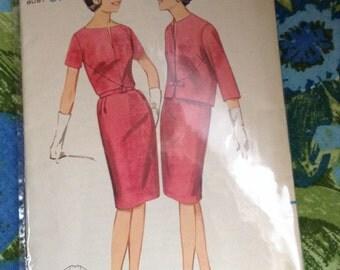 5 BUCKS Vintage Butterick 3255 Seamed Dress Sewing Pattern 1960s Bust 37