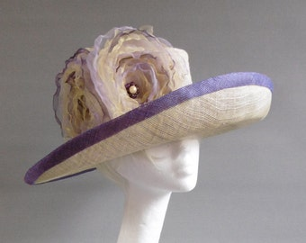 Soft yellow and lavender sinamay derby / church hat size 57,5 with optional but included ton sur ton flowers