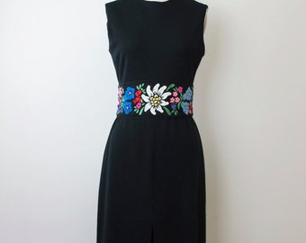 1960 Floral Embroidered Knit Wiggle Dress