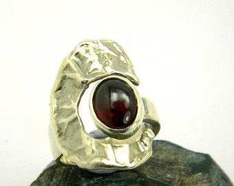 Sterling silver adjustable  ring, silver garnet ring , moon open band ring, statement ring garnet gemstone, January birthstone, gift for her