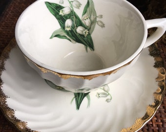 Vintage Lily Teacup & Saucer Golden Valley 22K Gold by Royal China Inc 22 K - #A1064