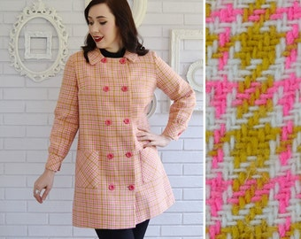 Vintage 1960s Coat in Pink Mustard and Cream Houndstooth Size Small Petite