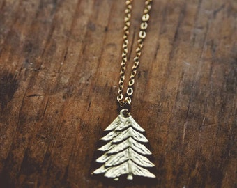 woodland wanderer necklace.