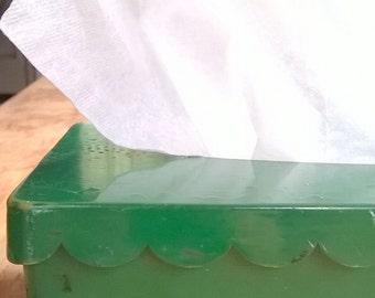 Vintage Emerald Green Scallop Edge Tissue Box