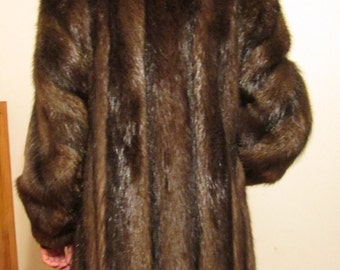 Fur Coat, Beaver Fur Coat, Full Length Fur Coat, Winter Coat, Fashion Fur Coat, Medium 10/12, Made in Canada, Gorgeous