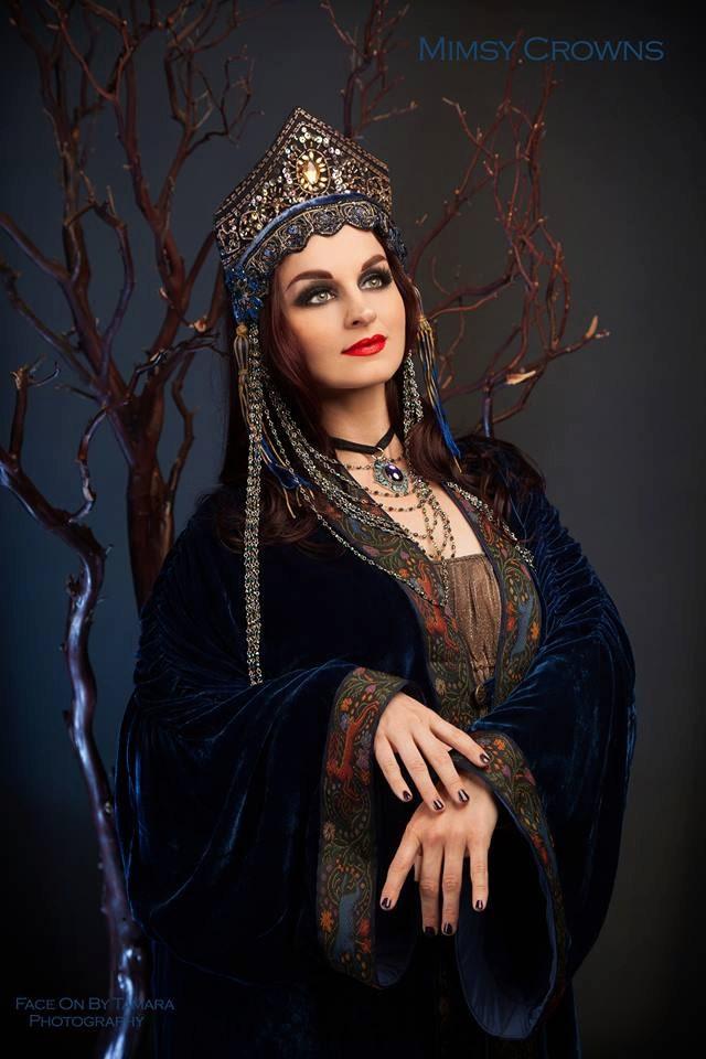 blue renaissance fair maiden queen princess fantasy fairy tale