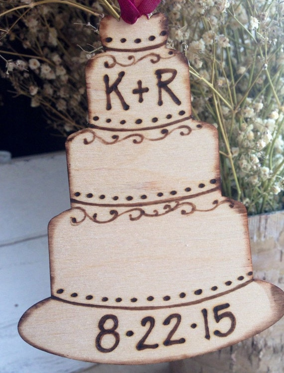 Wedding Cake Ornament Wood Sign Personalized with your Initials and Wedding Date - Bridal Shower Gift Tag - Wedding Favor - Newlywed Gift