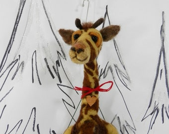 Needle felted giraffe, giraffe ornament in wool heart for pet lover, large Pet Pockets, custom pet portrait, ready to mail, giraffe ornament