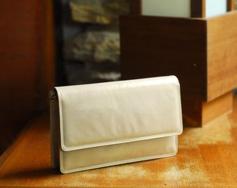 vintage tan leather convertible clutch