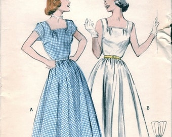 Lovely Vintage 1950s Butterick 6153 Quick and Easy Square Neck Day Dress or Sleeveless Dress Sewing Pattern B34