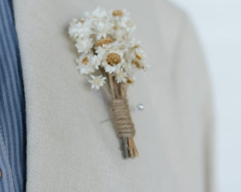Daisy Boutonniere - Straw Flower Rustic Mens Groom Wedding Accessory Pin Made with Real Dried Flowers