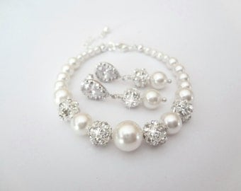 Pearl jewelry set ~ Swarovski pearls and crystals ~ Brides jewelry set ~Graduating pearl bracelet, earrings set ~Bridesmaids, Gift ~DESTINY