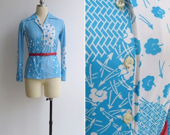 Vintage 70's 'Ikebana' Japanese Floral Print Blue & White Polyester Shirt XS or S