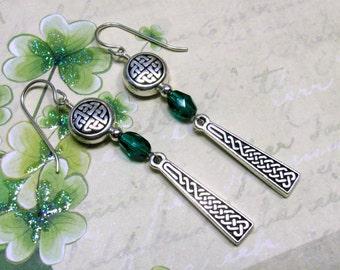 Celtic Earrings, Green Earrings, Celtic Braid Earring, St. Patrick's Day Earrings, Irish Earring, Holiday Earring, St. Patrick's Day Jewelry